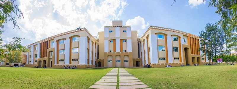 Build a Flourishing Career in Management with top MBA Colleges in Indore