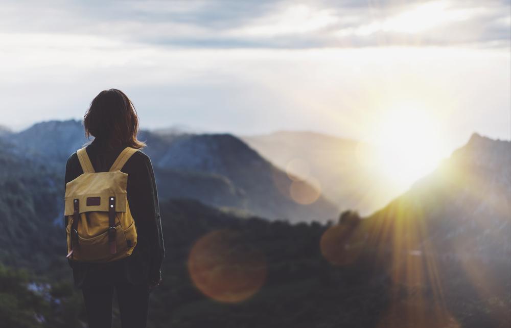10 life hacking travel tips
