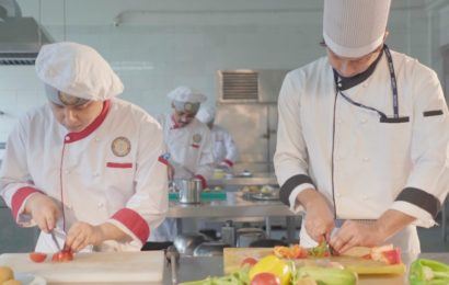 5 Skills Every Hospitality Management Professionals Should Learn